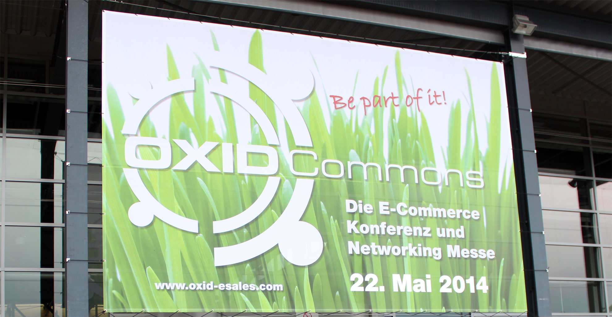 oxid-commons-2014-eingang-zur-messe